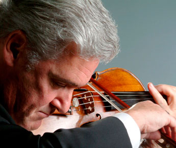 Pinchas Zukerman scheduled at Tanglewood August 10 as both Conductor and Soloist;