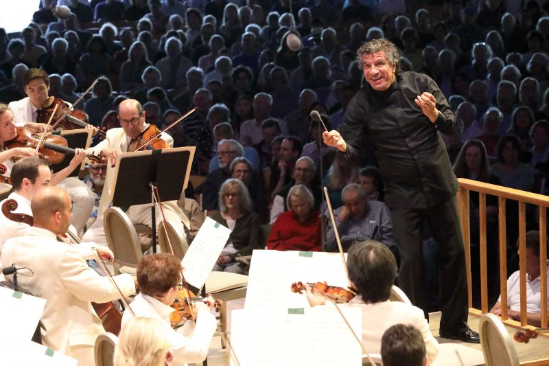 Giancarlo Guerrero conducts climactic Beethoven's Ninth at Tanglewood, Aug. 25, 2019; Hilary Scott photo.