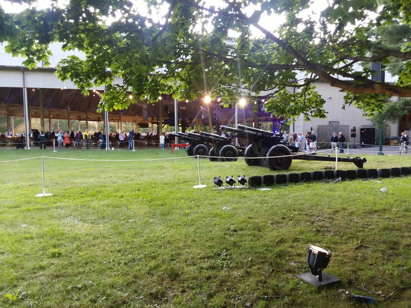 US Army howitzers at Tanglewood, July 4, 2021, Dave Read photo.